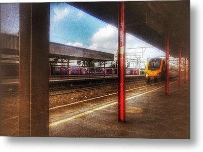 Metal Print featuring the photograph Train Coming In by Isabella F Abbie Shores FRSA