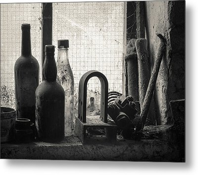 Train Yard Window Metal Print by Dave Bowman