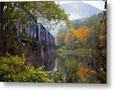 Trestle In Autumn Metal Print by Hugh Smith