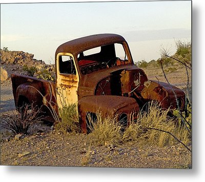 Metal Print featuring the digital art Truck by Kerry Beverly