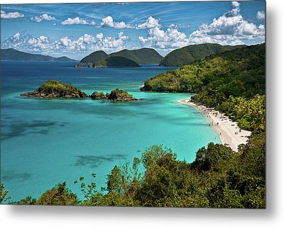 Trunk Bay Overlook Metal Print by Harry Spitz