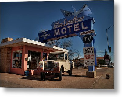 Metal Print featuring the photograph Tucumcari - Blue Swallow Motel 001 by Lance Vaughn