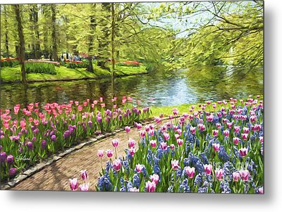 Tulips In Bloom At The Park  Metal Print