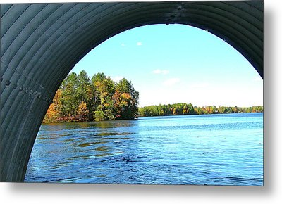 Tunnel Of Love Metal Print by Randy Rosenberger