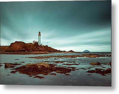 Turnberry Lighthouse Metal Print by Ian Good