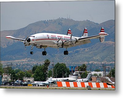 Twa Lockheed Super Constellation N6937c Metal Print by Brian Lockett