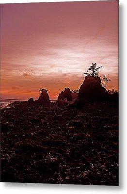 Twilight At Schooner Metal Print by Jennifer Addington