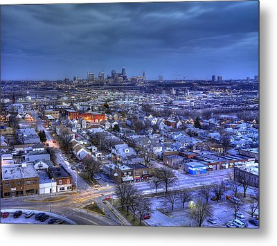Twilight On Strawberry Hill Metal Print by Don Wolf