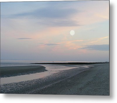 Twilight Time At The Shore Metal Print