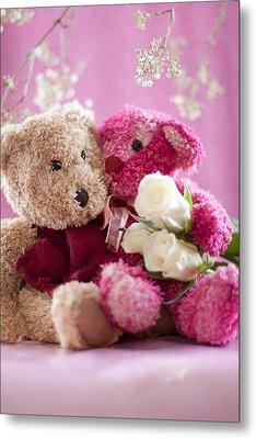 Two Teddy Bears With Roses Metal Print