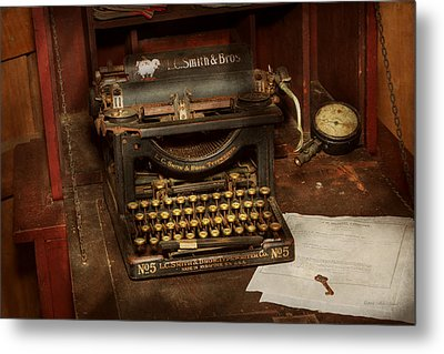 Typewriter - My Bosses Office Metal Print