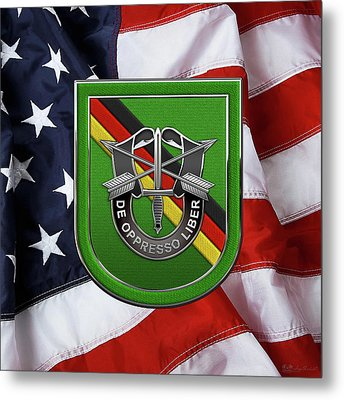 U. S.  Army 10th Special Forces Group Europe - 10 S F G  Beret Flash Over American Flag Metal Print by Serge Averbukh