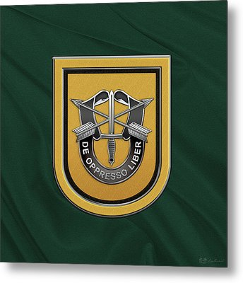 U. S.  Army 1st Special Forces Group - 1  S F G  Beret Flash Over Green Beret Felt Metal Print by Serge Averbukh