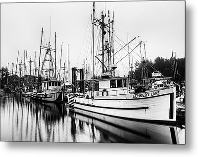 Ucluelte Harbour - Vancouver Island Bc Metal Print by Mark Kiver