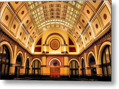 Union Station Balcony Metal Print by Kristin Elmquist