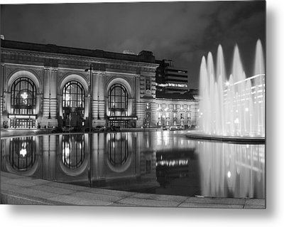 Union Station Reflections Metal Print by Steven Bateson