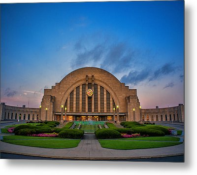 Union Terminal At Dawn Metal Print
