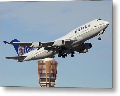 United Boeing 747-422 N128ua Phoenix Sky Harbor January 2 2015 Metal Print by Brian Lockett