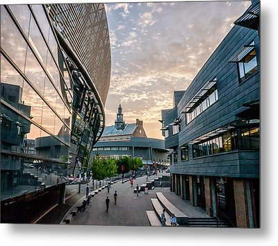 University Of Cincinnati On A September Evening Metal Print