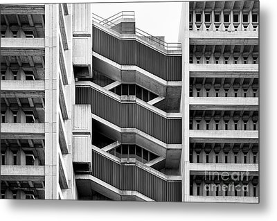 University Of Illinois At Chicago Science And Engineering Offices  Metal Print by University Icons