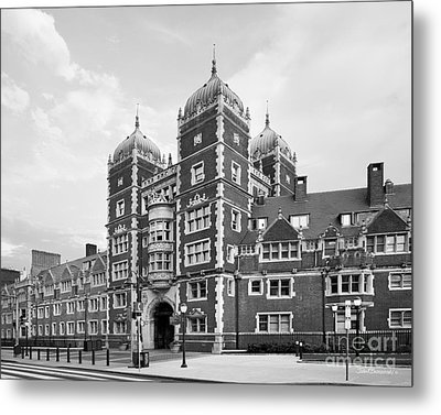 University Of Pennsylvania The Quadrangle Metal Print