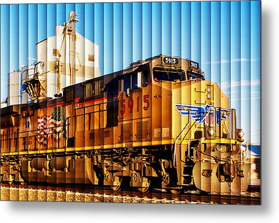 Up 5915 At Track Speed Metal Print by Bill Kesler
