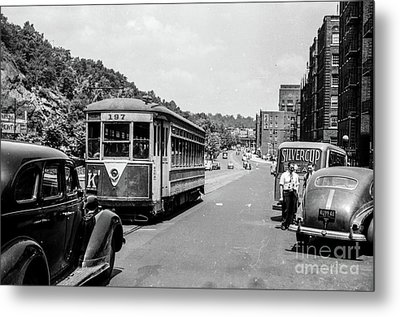 Metal Print featuring the photograph Uptown Trolley Near 193rd Street by Cole Thompson