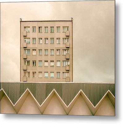 Urban Architectur Metal Print by Klaus Lenzen