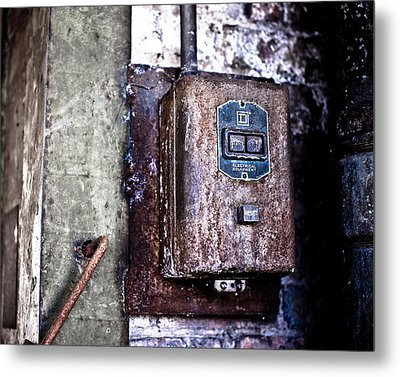 Urban Decay  Start And Stop Box Metal Print by Edward Myers