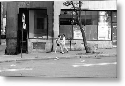 Metal Print featuring the photograph Urban Encounter by Valentino Visentini