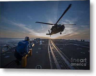 U.s. Army Mh-60 Blackhawk Helicopter Metal Print