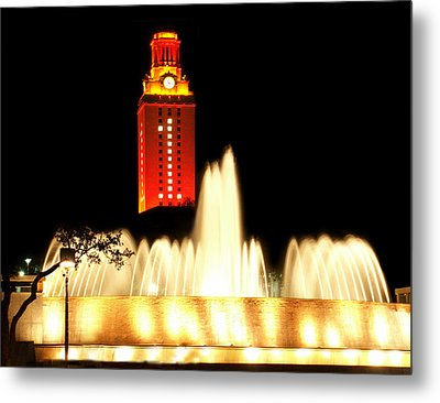 Ut Tower Championship Win Metal Print by Marilyn Hunt