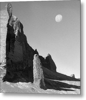 Utah Outback 32 Metal Print by Mike McGlothlen