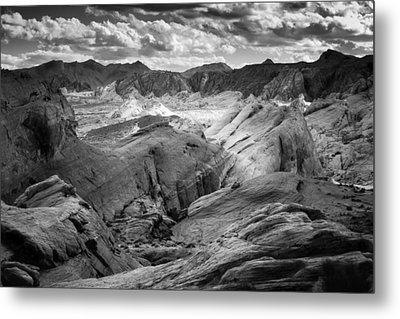Valley Of Fire Expanse Metal Print by Jason Moynihan