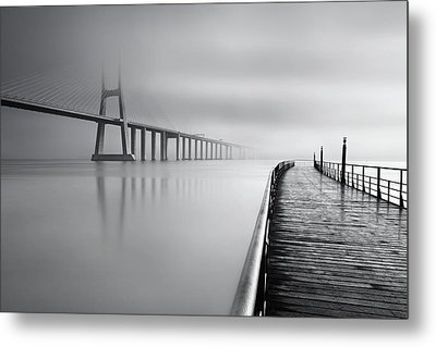 Metal Print featuring the photograph Vanishing by Jorge Maia