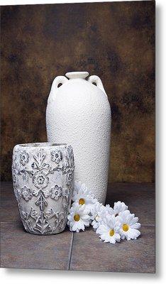 Vases With Daisies I Metal Print by Tom Mc Nemar