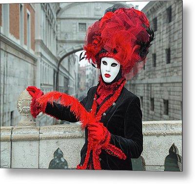 Venetian Lady At The Bridge Of Sighs Metal Print