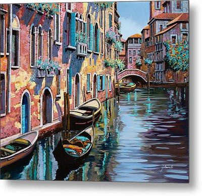 Venezia In Rosa Metal Print by Guido Borelli
