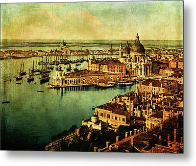 Venice Observed Metal Print by Sarah Vernon