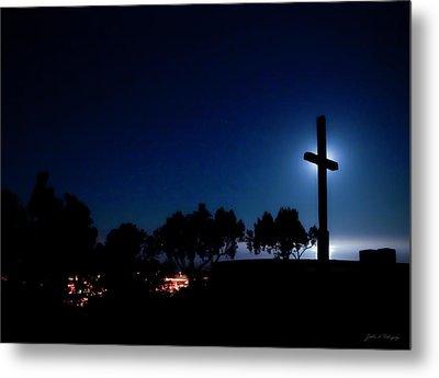 Ventura Ca Cross At Moonset Metal Print