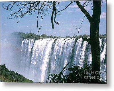Victoria Falls Metal Print by Photo Researchers, Inc.