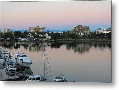 Victoria Harbor Dawn Metal Print by Betty Buller Whitehead