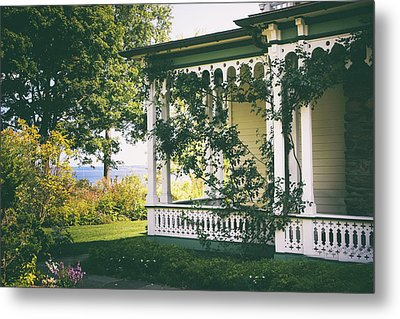 Victorian By The Sea Metal Print by Jessica Jenney
