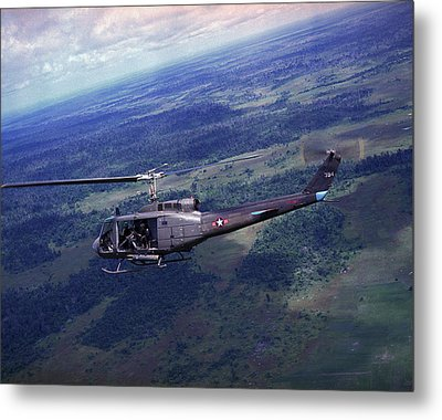 Vietnam War, Side View Of A Vietnamese Metal Print by Everett