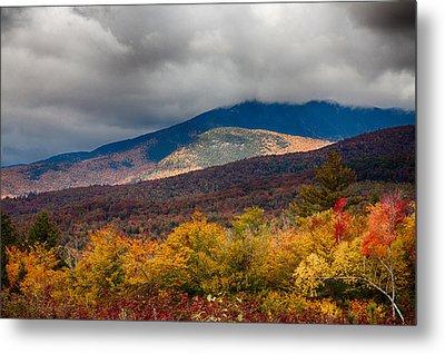 View Of Mount Chocorua In Fall Foliage Metal Print by Jeff Folger
