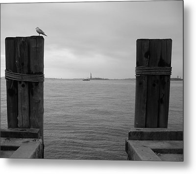 View Toward Statue Of Liberty In Nyc Metal Print