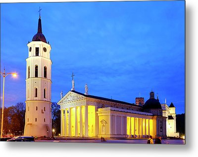 Metal Print featuring the photograph Vilnius Cathedral by Fabrizio Troiani