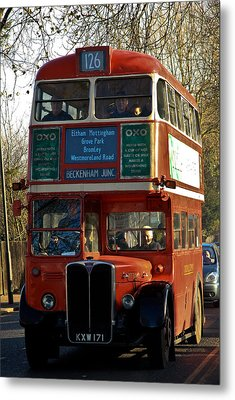 Vintage Bus Metal Print by Dawn OConnor