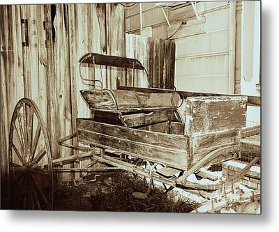 Vintage Carriage Metal Print by Ray Shrewsberry