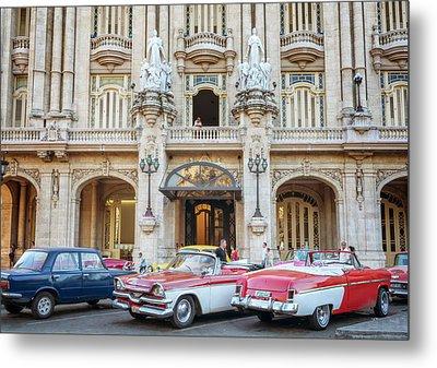 Vintage Cars And The Grand Theatre Havana Cuba Metal Print
